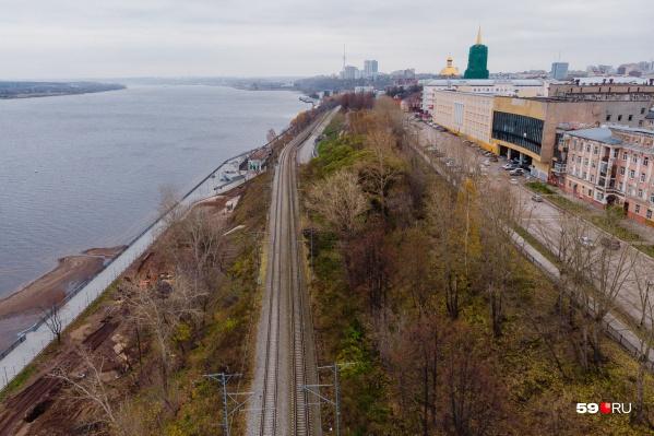 Учёные считают, что посещаемость набережной не зависит от наличия железной дороги