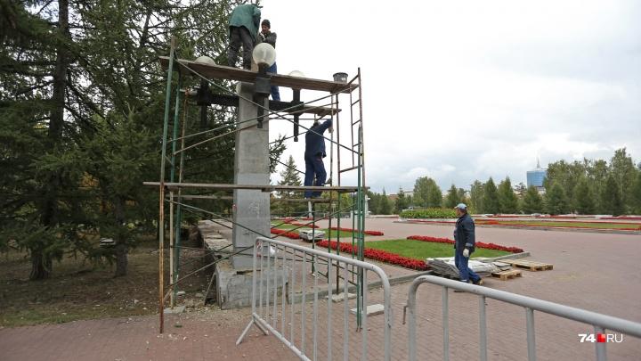 «Будет стоять вечно»: мемориал на Алом Поле отремонтируют до конца осени