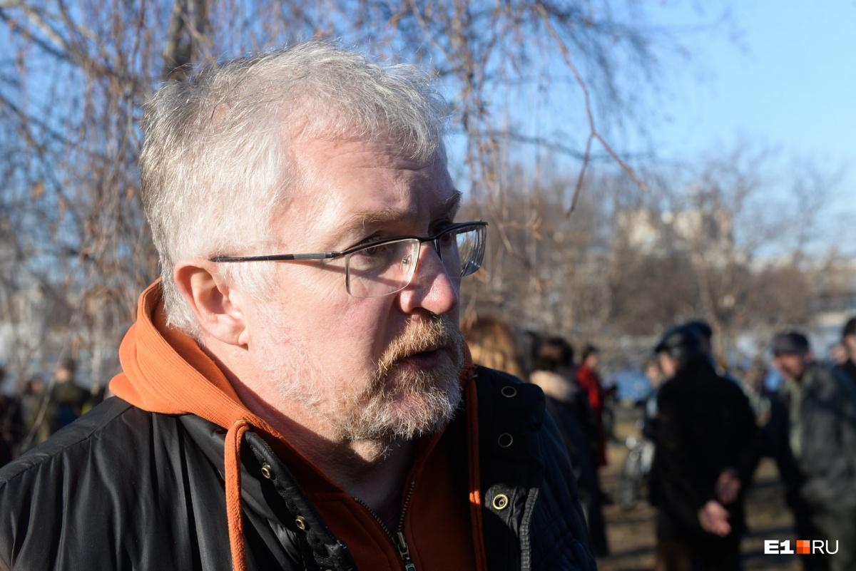 Депутат гордумы Константин Киселёв считает, что теперь все стройки в Екатеринбурге будут согласовываться с горожанами, потому что люди показали, что с их мнением нужно считаться