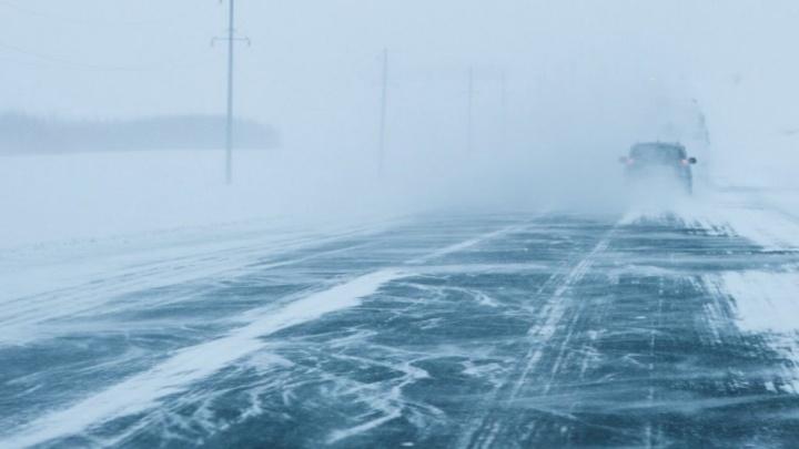 В Волгоградской области ГАИ готовится перекрывать федеральную трассу из-за метели