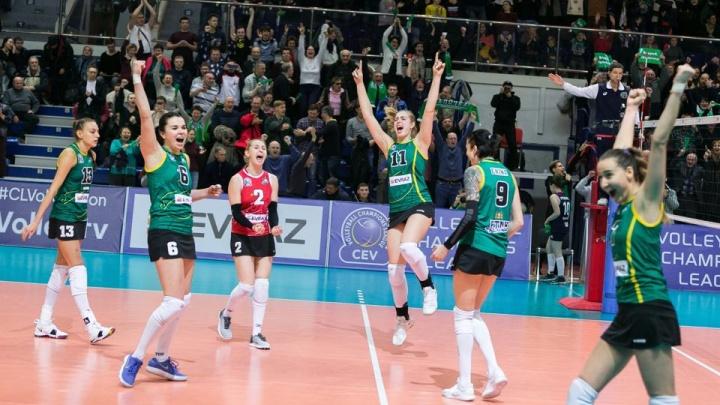 «Уралочка» одержала победу в первом матче «бронзовой серии» чемпионата России по волейболу