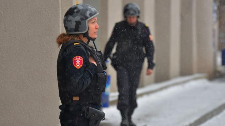 """В Екатеринбурге """"заминировали"""" отделение ЦГКБ № 1"""