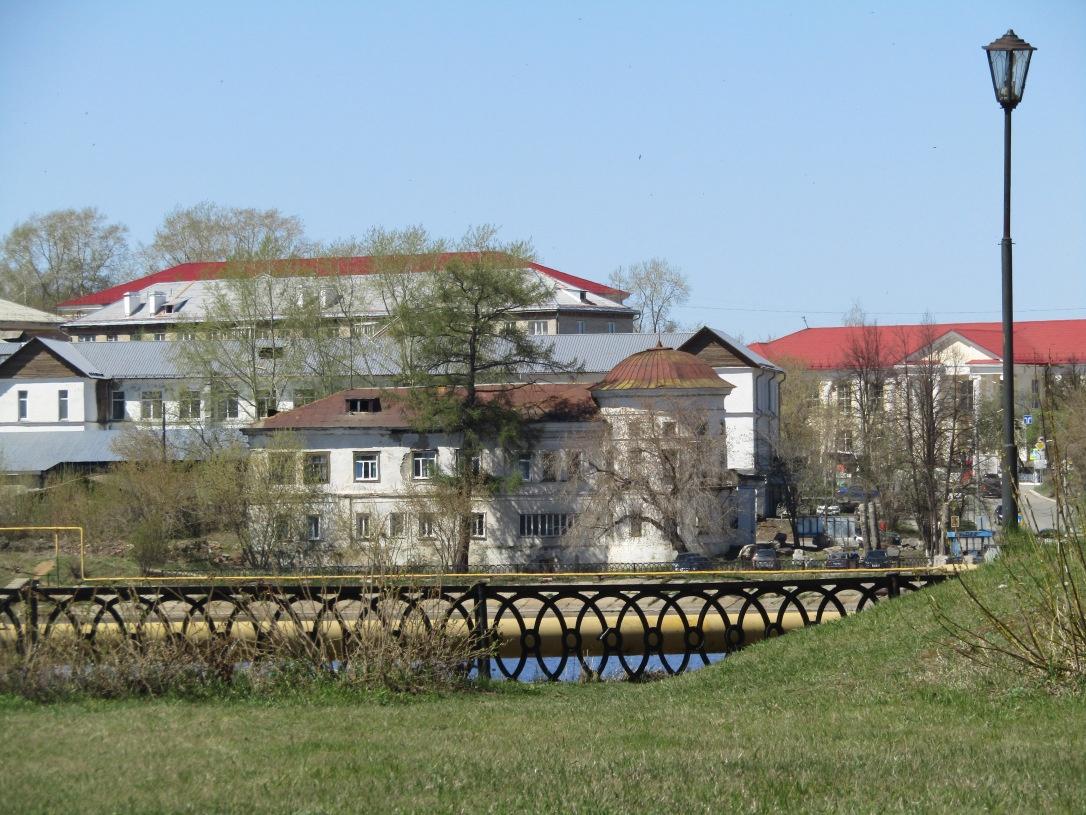 Так дом выглядит сейчас. Правда, есть сходство с Домом Севастьянова?