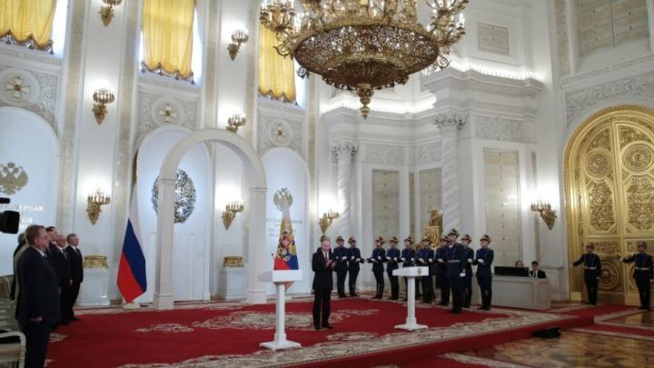 Два новосибирских медика получили госпремии из рук Путина