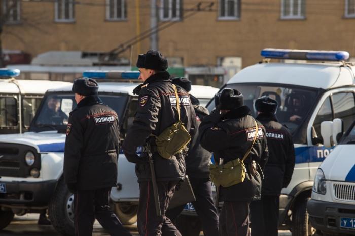Полицейские скинулись на «премию» добровольно, уверяет подсудимая