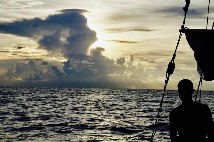 В этот раз семья Клочковых отправилась в новое приключение — они пересекли Карибское море по кромке урагана Ирма