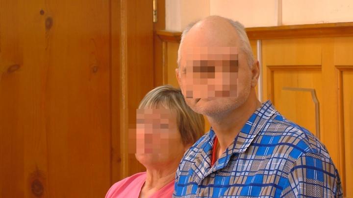 Челябинца, зарезавшего женщину с сыном, отправили на принудительное лечение