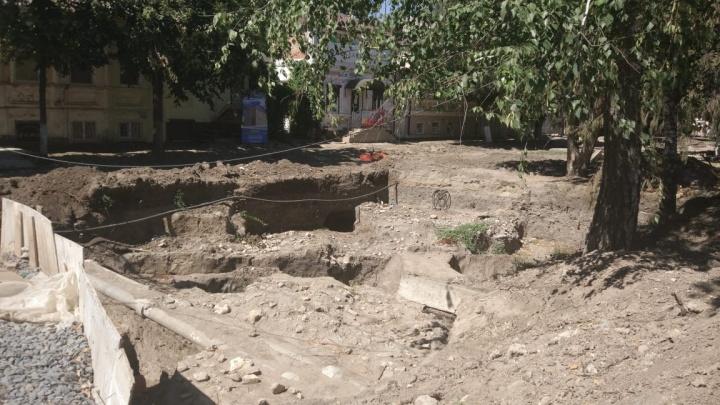В Азове нашли могилу XIV века с останками целой семьи
