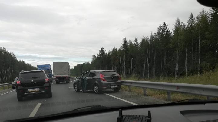 На трассе Северодвинск — Архангельск иномарка врезалась в рейсовый автобус