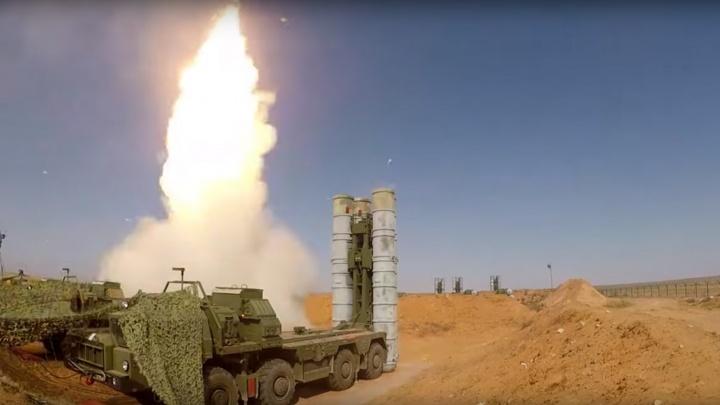 Видео: новосибирские зенитчики дали залп по мишеням-беспилотникам