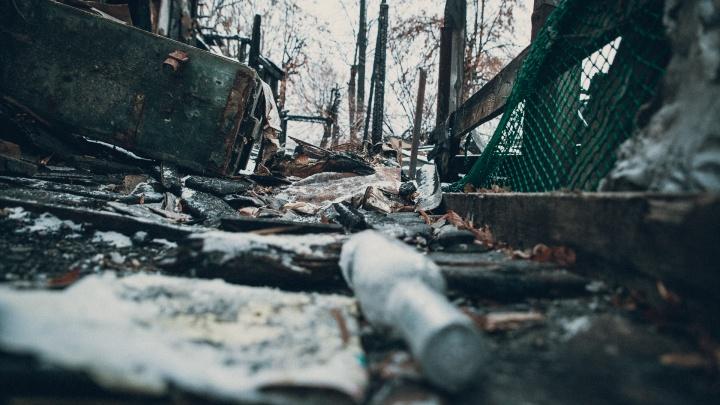 В Юргинском пожарные, потушив дом, нашли тело четырехлетнего мальчика