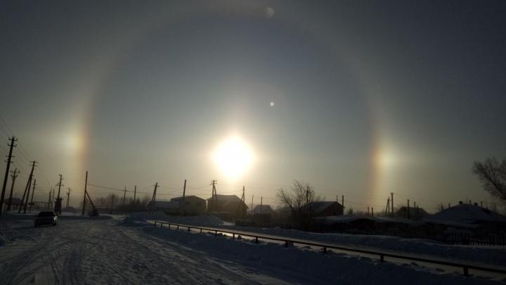 Новосибирец заметил светящееся кольцо вокруг солнца