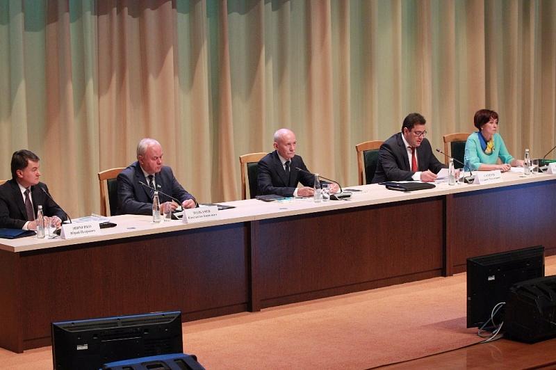 Глава республики отметил, что нужно подтянуть качество обучения башкирскому языку