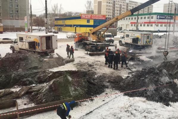 Коммунальщики уже устранили аварию, но чтобы трубы в квартирах нагрелись, должно пройти ещё немного времени