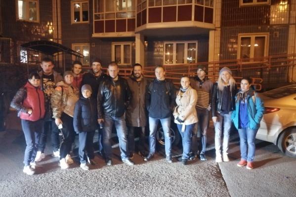 Волонтеры и родители искали мальчика в Покровском и у «Планеты»