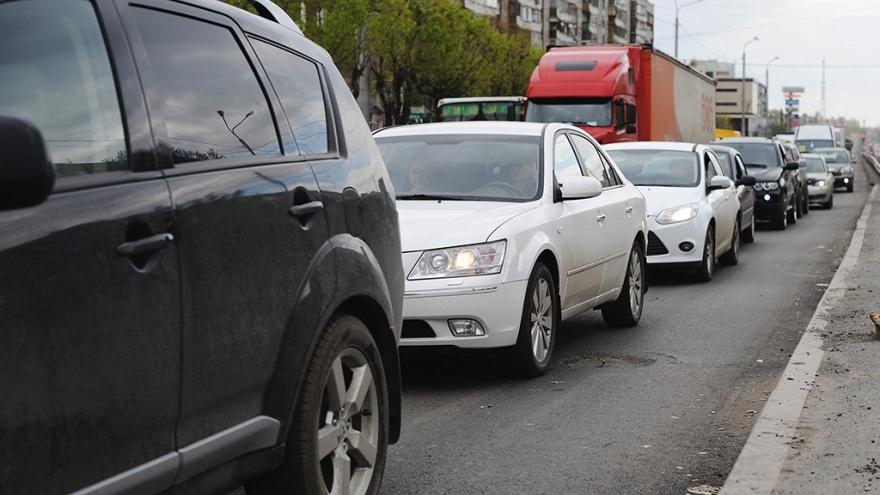 Жительница Тюмени родила сына в машине «Яндекс.Такси»