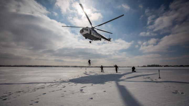 Видео: «лесной спецназ» десантировался с вертолёта Ми-8 на аэродроме под Новосибирском