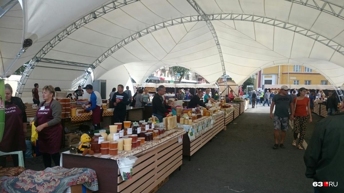 Торговые площади под шатром — фишка этого года