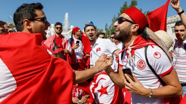 В Волгограде болельщики из Туниса разучили «Катюшу» и полюбили «Енисей»