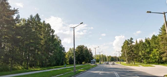 Родители и учителя потребовали поставить светофор на проспекте Лаврентьева после гибели школьника