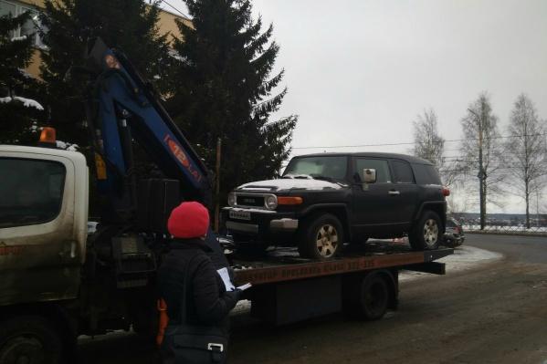 За машину бывшего мэра Рыбинска планируют получить около миллиона рублей