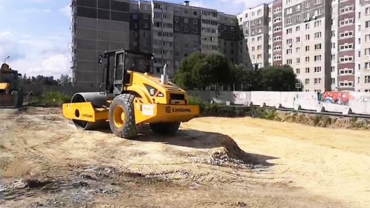 В Челябинске оштрафовали арендатора участка в «Парковом», на который жильцы жаловались Путину