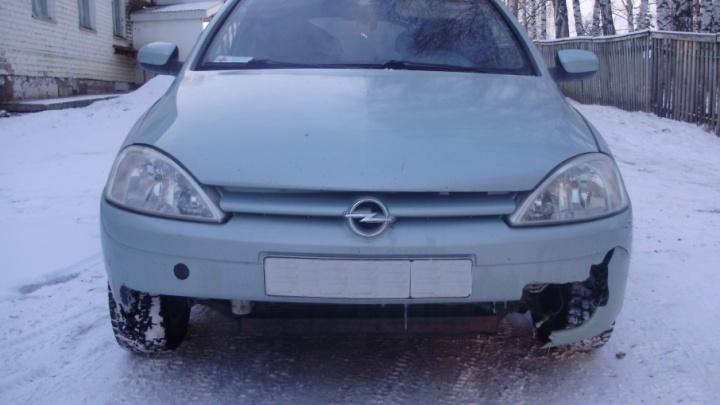 Возле санатория в Башкирии машина слетела в кювет