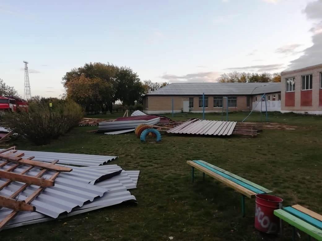Из-за повреждения соцобъектов в ряде муниципалитетов вводился режим ЧС