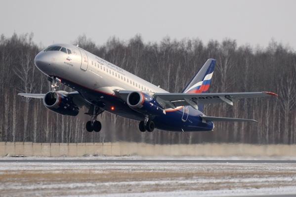 Sukhoi Superjet 100 вылетел в Мурманск в 18:03 по московскому времени, а в 18:25 доложил об аварийной ситуации