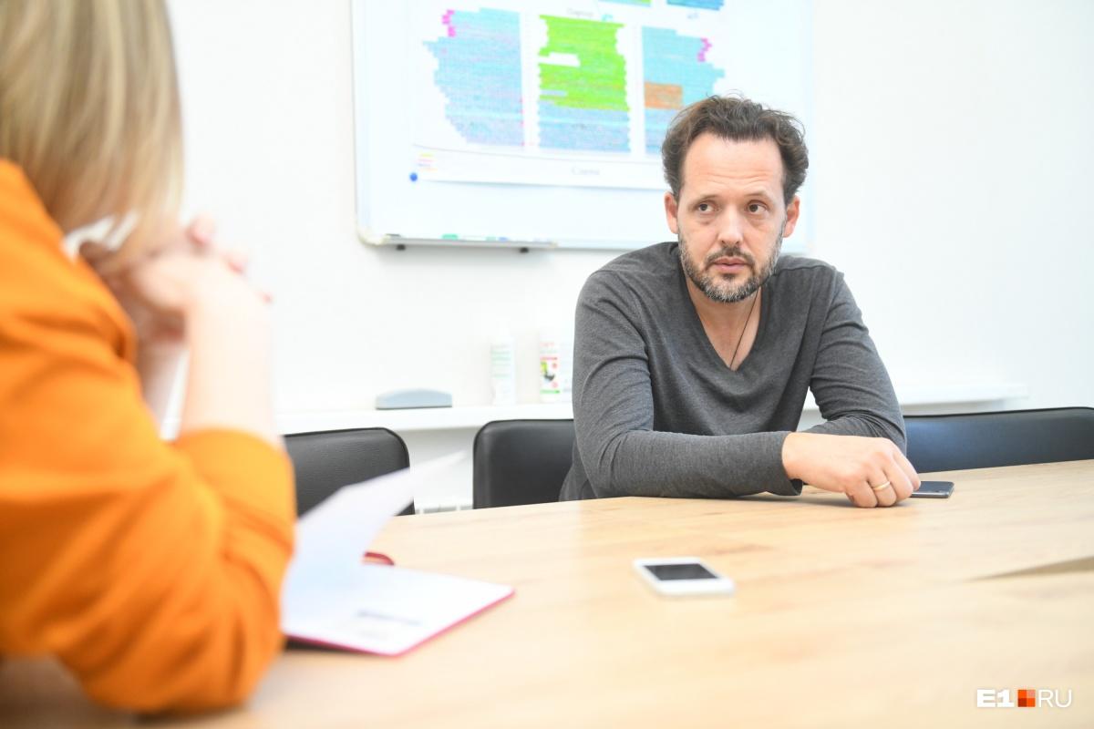 Онкология специфична тем, что поднимает наиболее глубинные представления человека о себе, его конфликты и страхи, говорит психолог