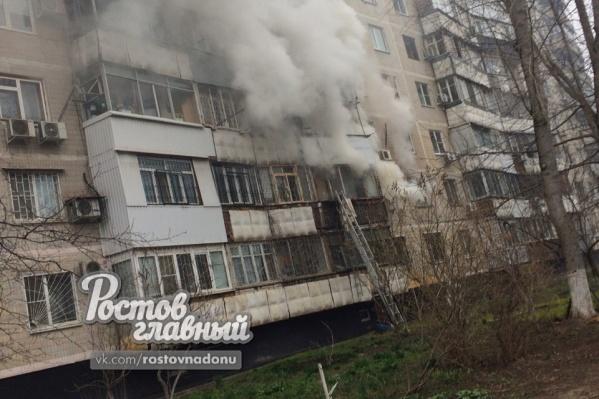 Пожар удалось потушить спустя час после сообщения о нем