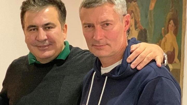 Евгений Ройзман опубликовал фотографию с Саакашвили, и критики похоронили его политическую карьеру