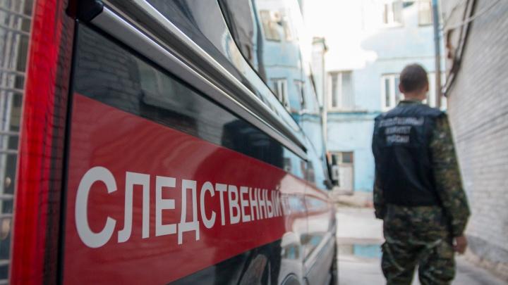 С отрезанными волосами: около жилого дома в центре Самары нашли тело 13-летней девочки