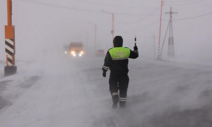 «Бушует низовая метель»: в аэропорту Норильска отменены все рейсы