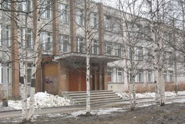 В школе № 20 в Архангельске отключили воду из-за аварии на водопроводе