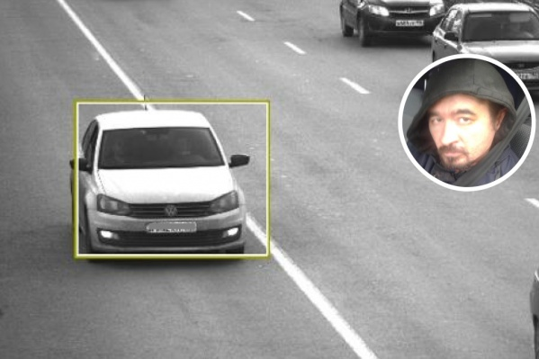 Снимок, на котором Ахметвалиев едет по улице Де Геннина в Академическом. Он выехал на полосу, выделенную для общественного транспорта