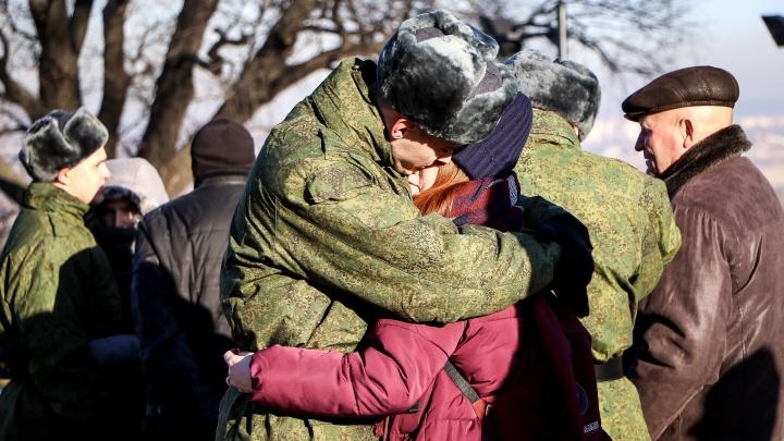 «Не бойтесь, а действуйте!»: рассказываем, что делать, если ваш сын-солдат попал в беду в армии