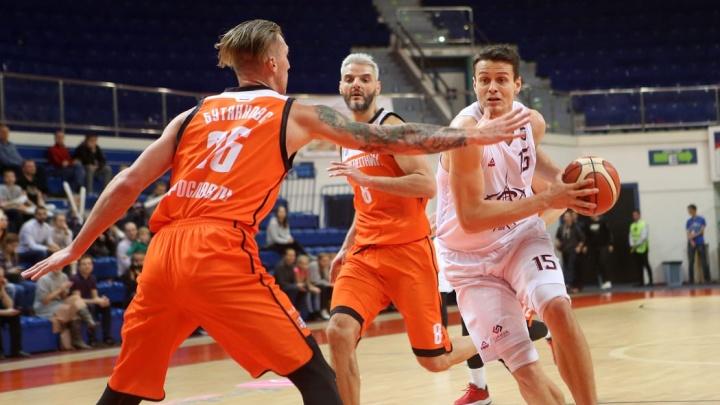 Баскетболисты «Урала» отыграли в конце матча 20 очков, но все равно уступили «Буревестнику»