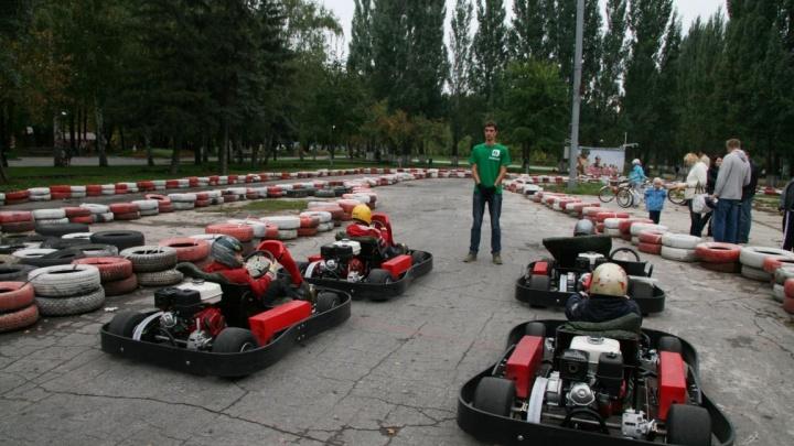 «Четыре года никто не замечал ЛЭП?»: школу картинга выгоняют из парка Гагарина