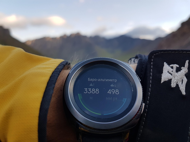 Высота — 3388 метров над уровнем моря. Не Эверест, но к давлению привыкать приходится