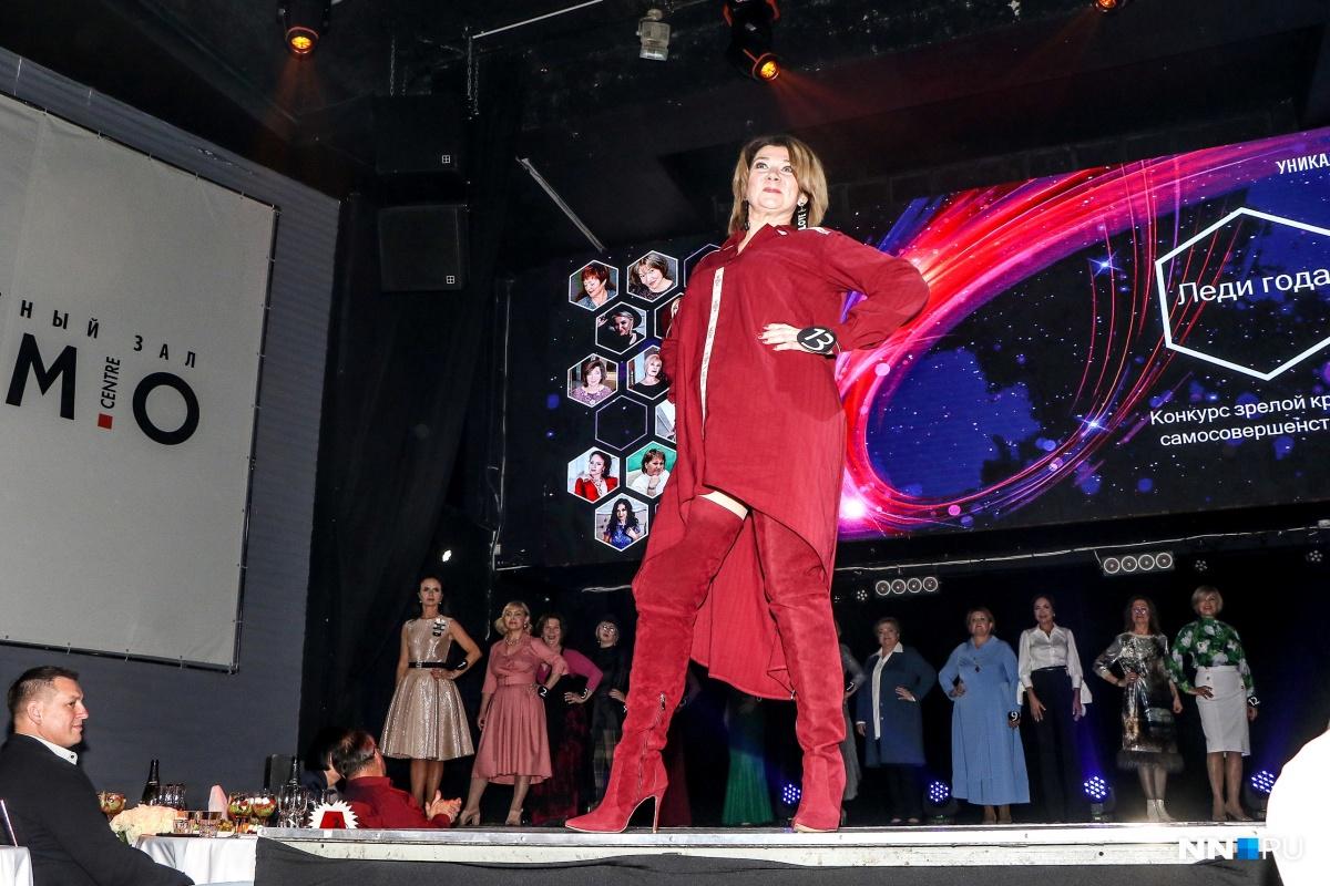 Участницы продумывали наряды со стилистами