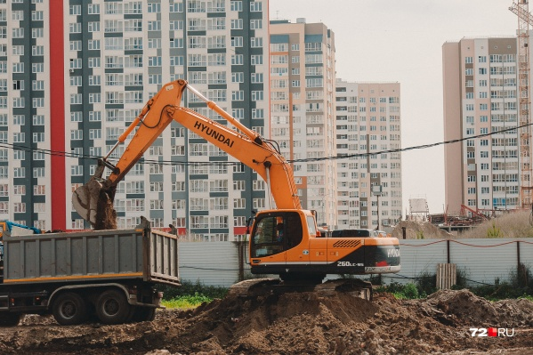 Изменения в сфере долевого строительства коснутся всех застройщиков: и тех, кто получил разрешение на строительство до 1 июля 2018 года, и тех, кто получит разрешение после