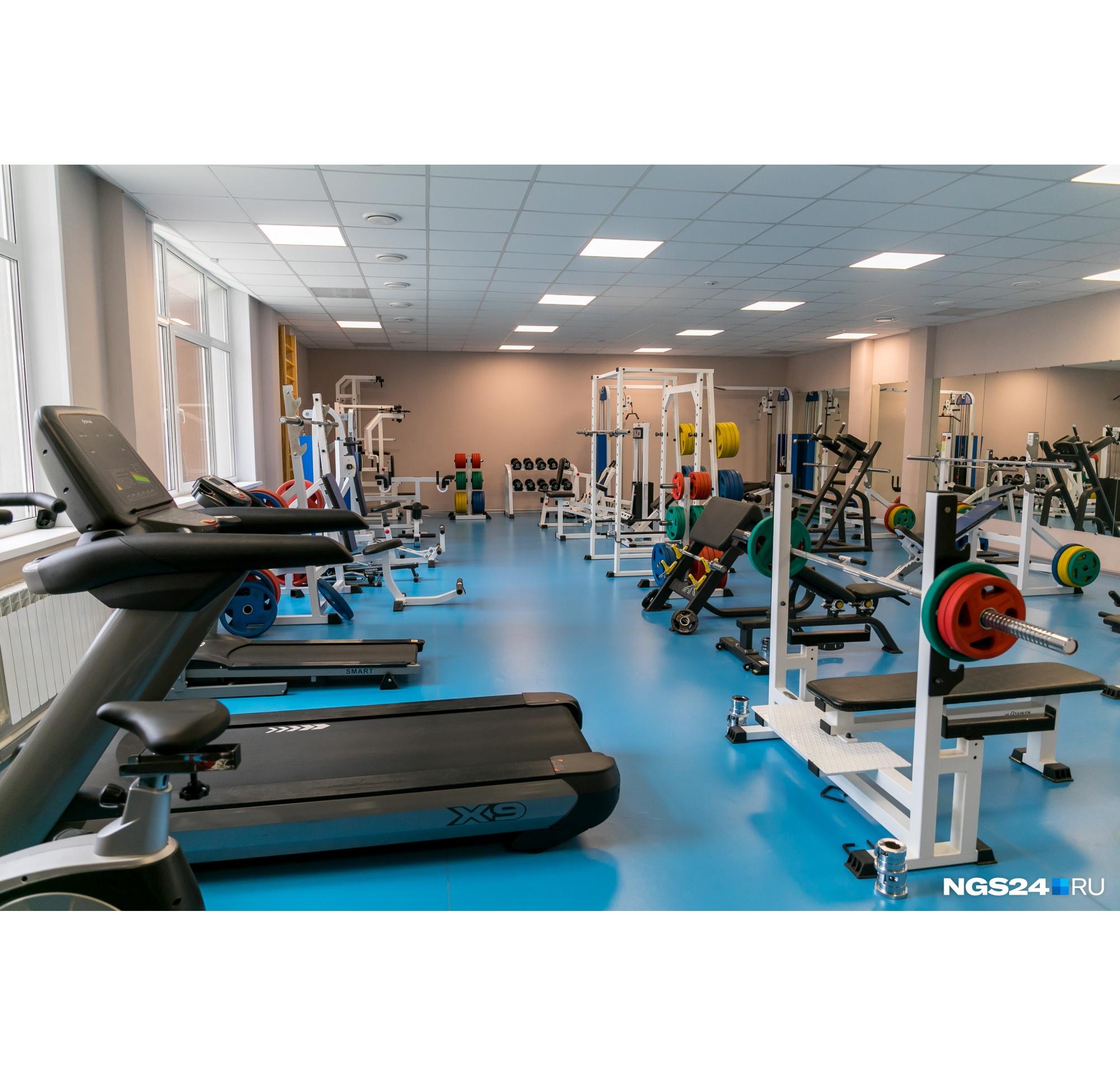 Все жители общежития могут пользоваться спортзалом