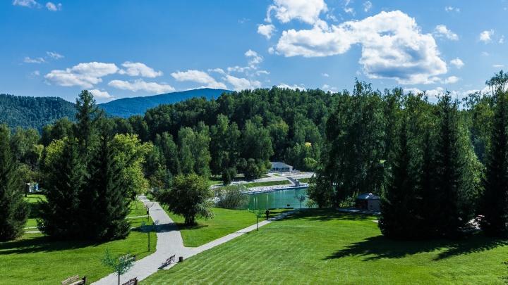 Озеро Ая: где провести отпуск на Алтае(фоторепортаж)