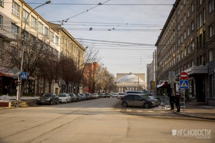 Участок улицы Ленина закрыли для проезда с начала декабря 2017 года до конца января 2018 года
