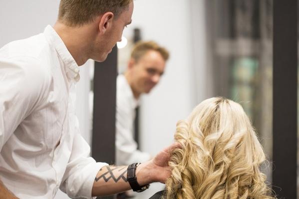 Фен подходит даже для ежедневной сушки окрашенных волос