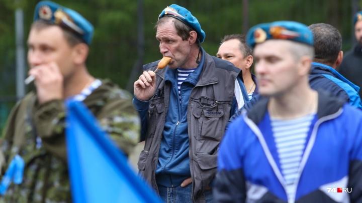 Худеют за ВДВ и не платят за коммуналку: как сегодня служат в армии