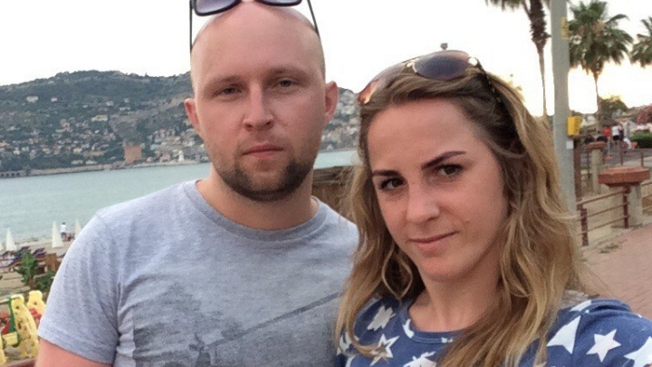 «Пошла в бассейн и потеряла сознание»: челябинка внезапно скончалась в отеле Шри-Ланки