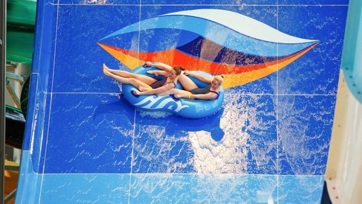 В аквапарке «ЛетоЛето» отдыхает молодежь всех возрастов