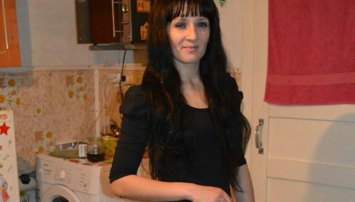 В Новосибирске девушка вышла из дома неделю назад и исчезла